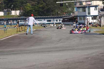Kart: Paulista de Kart chega à metade da temporada
