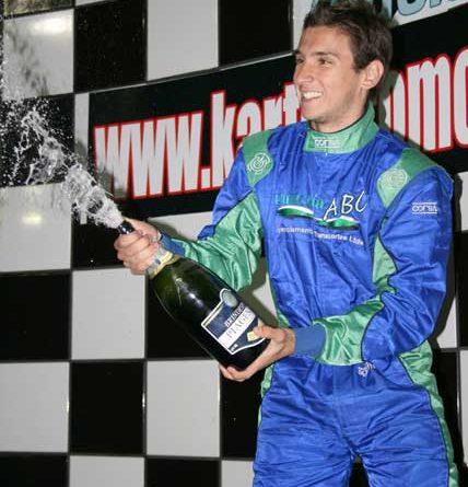Kart: Renan Papareli vence mais uma no Light