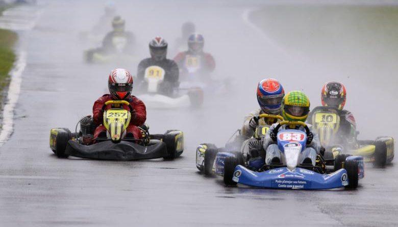 Kart: Copa Paraná de Kart começa com muita chuva em Cascavel