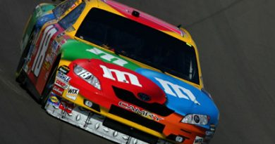 Nascar Sprint Cup: Kyle Busch marca a pole-position em Las Vegas