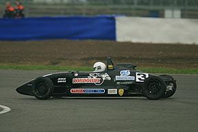 F-Ford Inglesa: Adriano Medeiros conquista dois terceiros em Silverstone