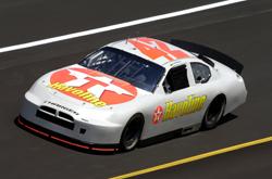 Nascar: Montoya testa pela primeira vez