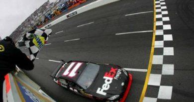 Nascar Sprint Cup Series: Denny Hamlin vence em casa pela primeira vez