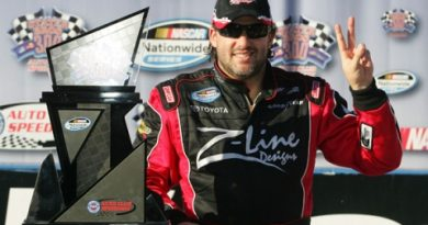 Nationwide Series: Tony Stewart vence a segunda consecutiva