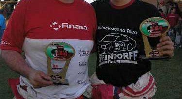 Outras: Equipe Steindorff Finasa Racing mantém liderança na Copa Centro-Sul de Automobilismo