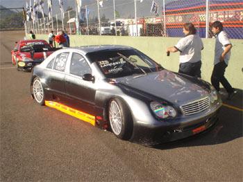 Outros: O brasileiro Daniel Lancaster fez seu debut na Top Race V6