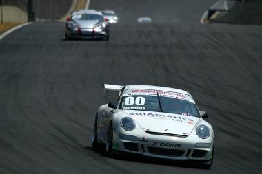 Porsche GT3 Cup: Constantino Júnior vence a primeira prova do ano em Interlagos