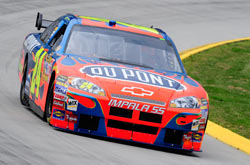 Nascar Sprint Cup Series: Jeff Gordon sai na pole-position em Martinsville
