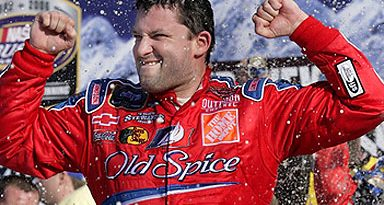 Bush Series: Tony Stewart vence na abertura do campeonato