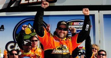 Nationwide Series: Tony Stewart vence na abertura em Daytona