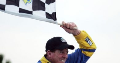 Truck Series: Ron Hornaday vence no Kansas