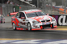 V8 Supercars Australia: Garth Tander sai na pole em Bathurst. Max Wilson é 10º