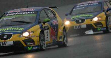 WTCC: Chuva atrasa 2º corrida, vencida por Tarquini