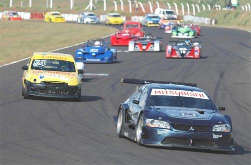 Endurance: BMW, Mitsubishi, Vectra e protótipos vão disputar curvas e freadas em Cascavel