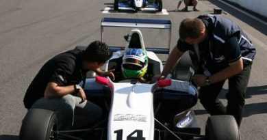 Fórmula Renault Norte-Européia: Sammarone disputa rodada dupla em Nürburgring
