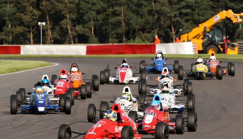 Fórmula Ford: Victor Corrêa vai correr na Bélgica