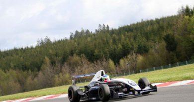 F-Renault Norte-Européia: Sammarone larga em 8º e 9º na rodada dupla deste domingo em Zandvoort