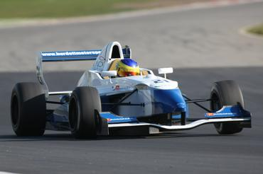 Fórmula Renault: Gamberini segue passos de Lewis Hamilton