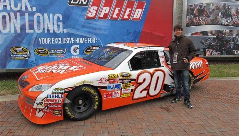 Nascar: Lucas Finger visita NASCAR nos EUA