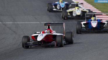 GP3: Sexto na Espanha, Pedro Nunes marca primeiro ponto no campeonato