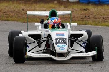 F4 Sul-americana: Juan Manuel Casella faz a pole no Uruguai