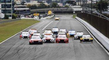 Sprint Race: Pilotos deram um show de velocidade e equilíbrio na abertura do campeonato
