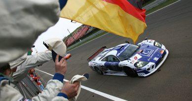 FIA GT: Depois de dominar os treinos, trio da Zakspeed vence na Hungria