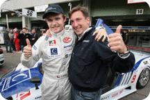 FIA GT: Tcheco sai na pole em casa