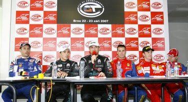 FIA GT: Dupla Michael Bartels/ Thomas Biagi marca a pole em Brno