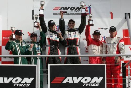 British GT: Dupla Alex Mortimer/ Bradley Ellis vence as duas provas em Brands Hatch