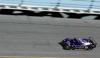 24 horas de Daytona: Christian lidera com 260 voltas