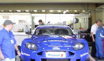 Mil Milhas: Na fase final da prova, Aston Martin parece invensível