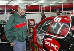 Mil Milhas: Paulo Gomes corre de Corvette