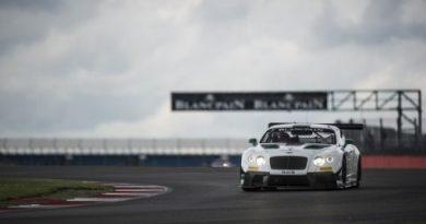 Blancpain Endurance Series: Trio da Bentley vence em Silverstone