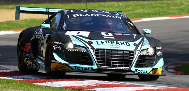 Blancpain Sprint Series: Laurens Vanthoor e Robin Frijns dominam em Brands Hatch