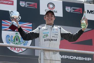 BRDC F4: Gustavo Lima vence pela primeira vez