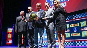 Capacete de Ouro: Revista Racing premiou os melhores do automobilismo em 2014