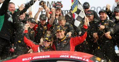 Grand-Am Continental Tire Sports Car Challenge: Dupla da Roush Performance vence em Daytona