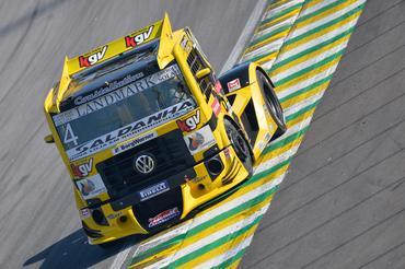 Copa Truck: Giaffone começa na frente em Interlagos