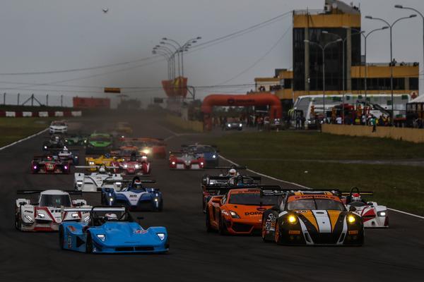 Brasileiro de Endurance: Vitória de Marcel Visconde e Ricardo Maurício com a Porsche 911 GT3 R #20