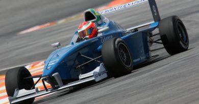F-BMW: Vilarinho quebra recorde de Vettel na categoria