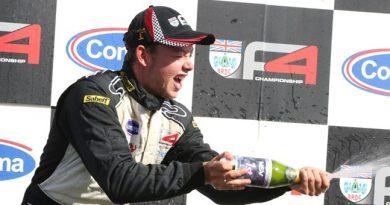 BRDC F4: Faltando uma etapa, Jake Hughes mantém liderança do campeonato