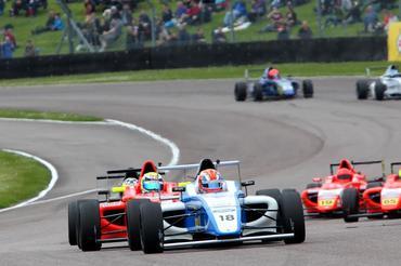 Fórmula 4 MSA: Matheus Leist conquistou novo pódio na Inglaterra e se aproxima da liderança