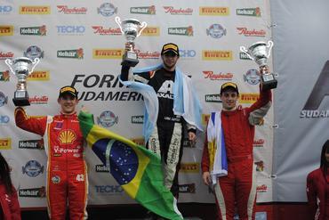 F4 Sul-americana: Agustín Lima Capitao vence primeira corrida da temporada