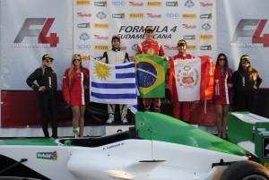 F4 Sul-americana: Pedro Cardoso vence primeira corrida em Mercedes