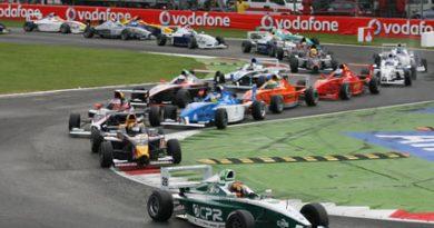 F-BMW: Geronimi encerra a temporada com domínio total em Monza