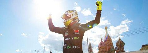 Fórmula-E: Nelsinho Piquet vence em Moscou