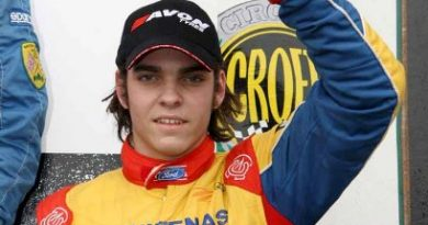F-Ford: Mineiro Victor Corrêa volta a competir em Brands Hatch