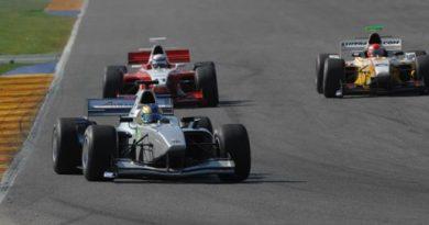 F3000 Européia: Felipe Guimarães estréia na pole e empolga Emerson Fittipaldi