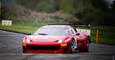 FIA GT1: Toni Vilander marca a pole em Nogaro